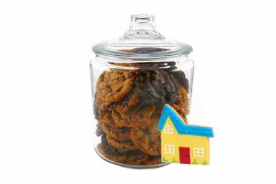 Glass Jar cookies with a House Sugar Cookie